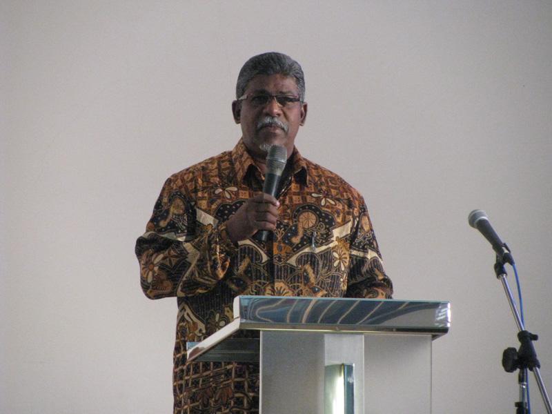 Pastor Amos Jayaratnam at Tabuan Jaya Anglican Church, Kuching.