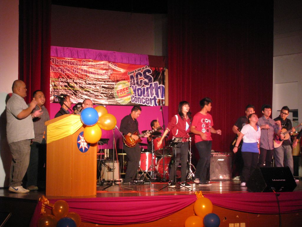 The ACS Youth praise and worship team.