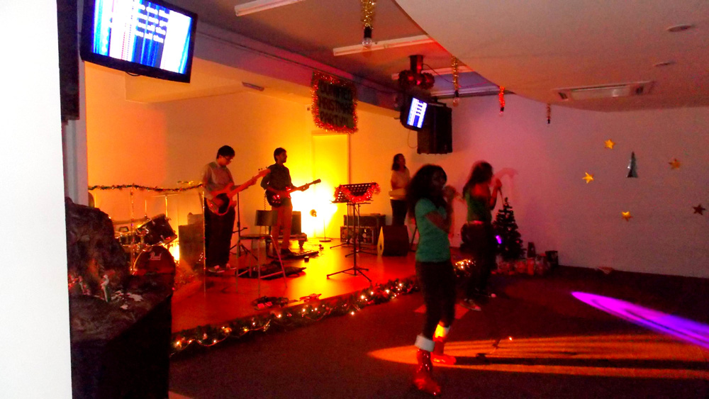 The upbeat Praise and Worship session