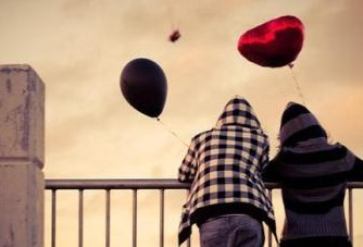 baloons-boy-girl-love-Favim.com-130334