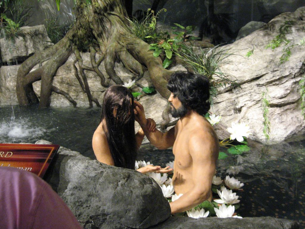 Creation Museum Adam and Eve