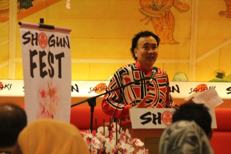 Dato Sri Michael Chong giving a speech in Shogun Fest