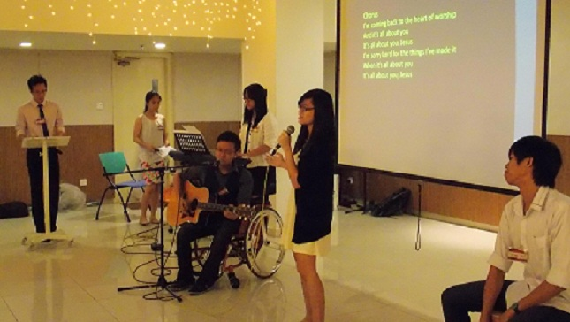 Praise and worship by the Organizing Committee