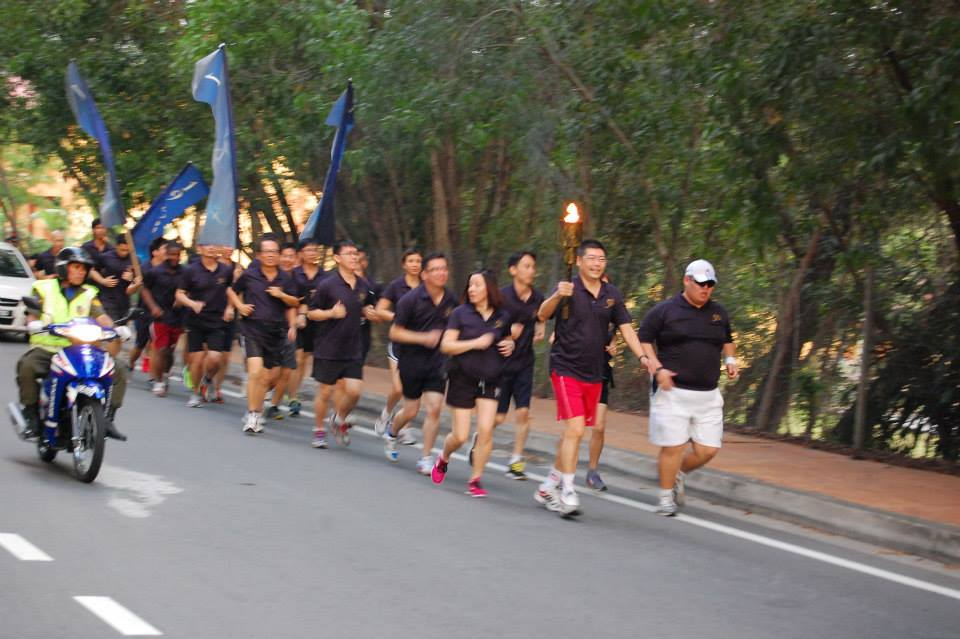 Runners for the Jubilee Torch Run