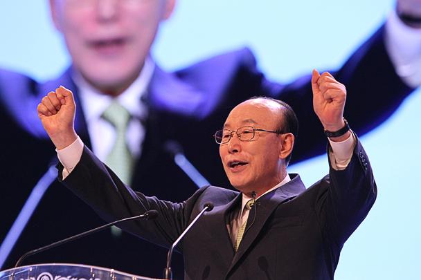 Dr Yonggi Cho