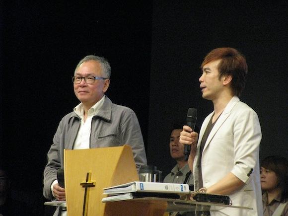 Bro Phillip Yong (left) from Full Gospel Businessmen, Kuching and Pr GT Lim from Blessed Church