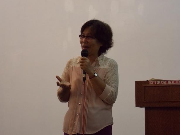 Irene Goh menyampai testimoni anak buahnya