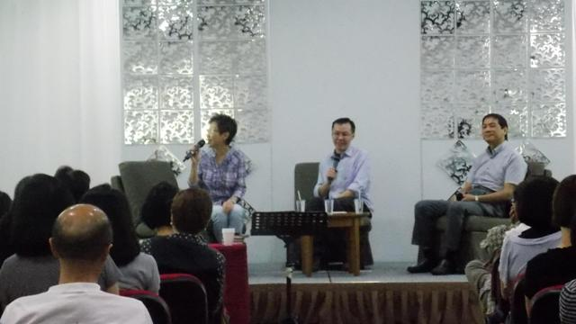 From left to right -Sherry Lim, Victor, and Dr. Edmund during the Q&A