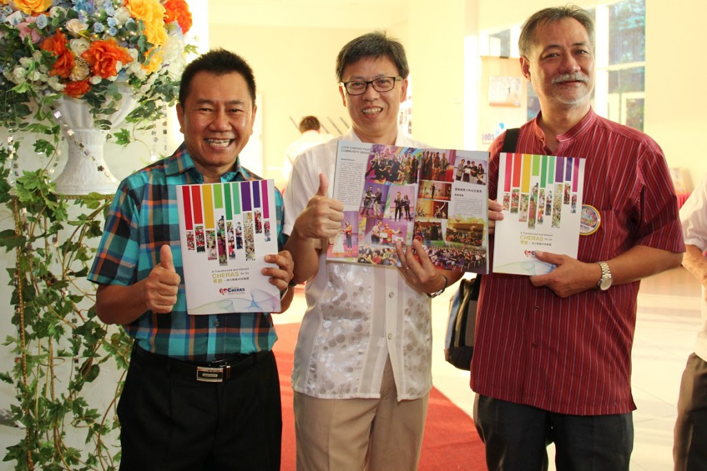 Fellow pastors of Love Cheras giving thumbs-up for Love Cheras