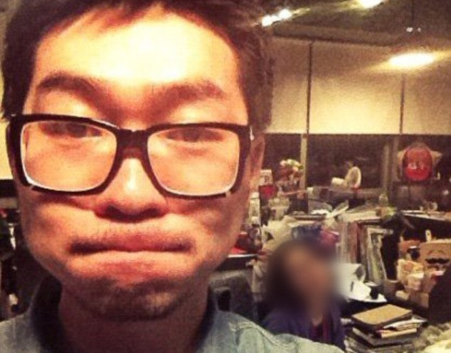 Li Yuan died of a sudden heart attack at the office
