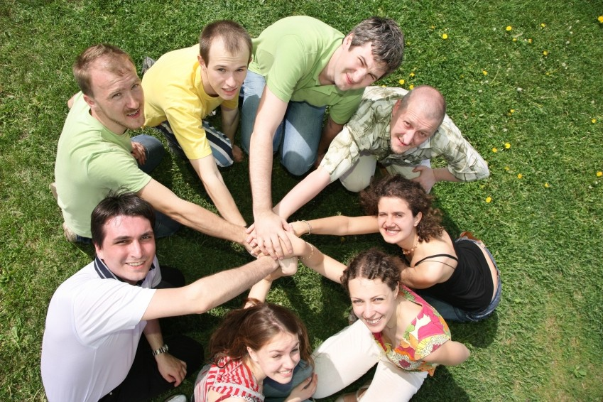 Circled of Influence People_id1766901_size1