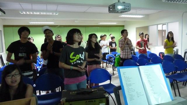 Everyone worshiping the Lord