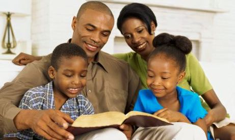 Parents-reading-the-Bible-with-their-children