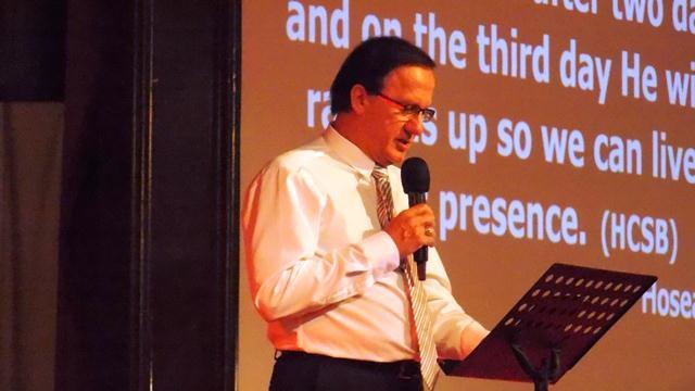 Rev. Dr. Stephan Sos