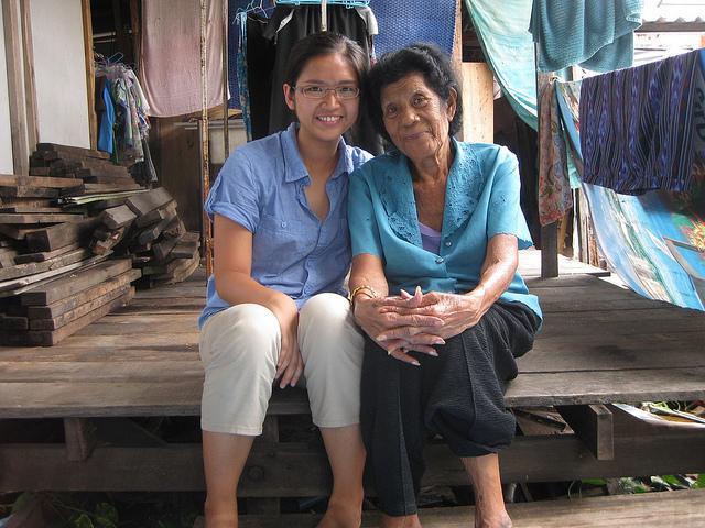 Karen Ngooi with grandmother Yai Noi