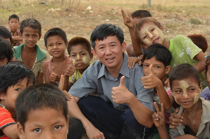 Tommy Chen in his Myanmar mission trip in 2012