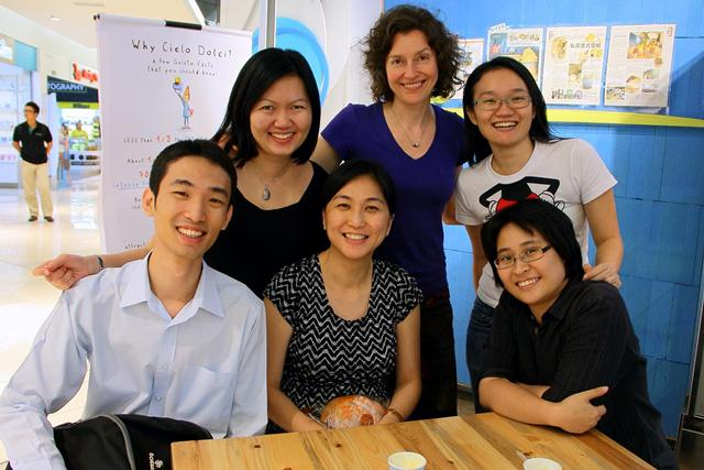 Su Chen (back row, most left) and other mental health professionals who taught refugee teachers in the Resilient Children  Competent teachers project