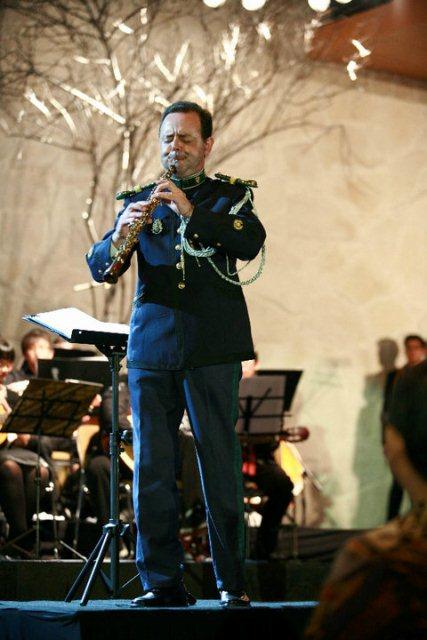 Fernando Brito performing with his oboe