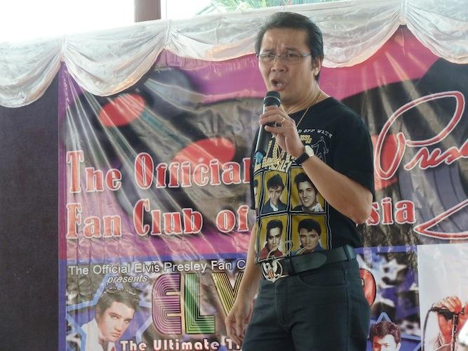 Nicholas Ong singing Don't Be Cruel