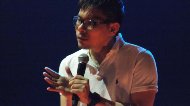 Pastor Keith Tay sharing a short sermon to encourage the youths