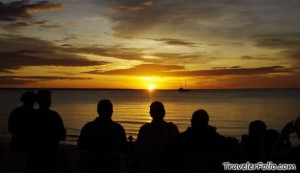 mindil-beach-sunset-silhouette-590x341