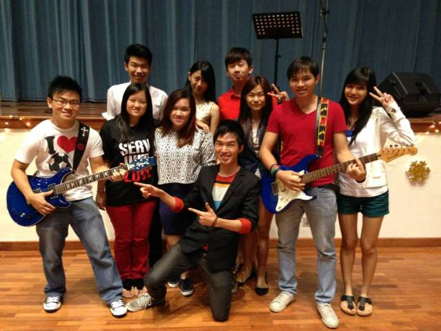Joon Yang in coat, Vanessa Tan (2nd row, 3rd from left), Sean Lim (2nd row, 1st from left) after UTAR Christmas performance 2013