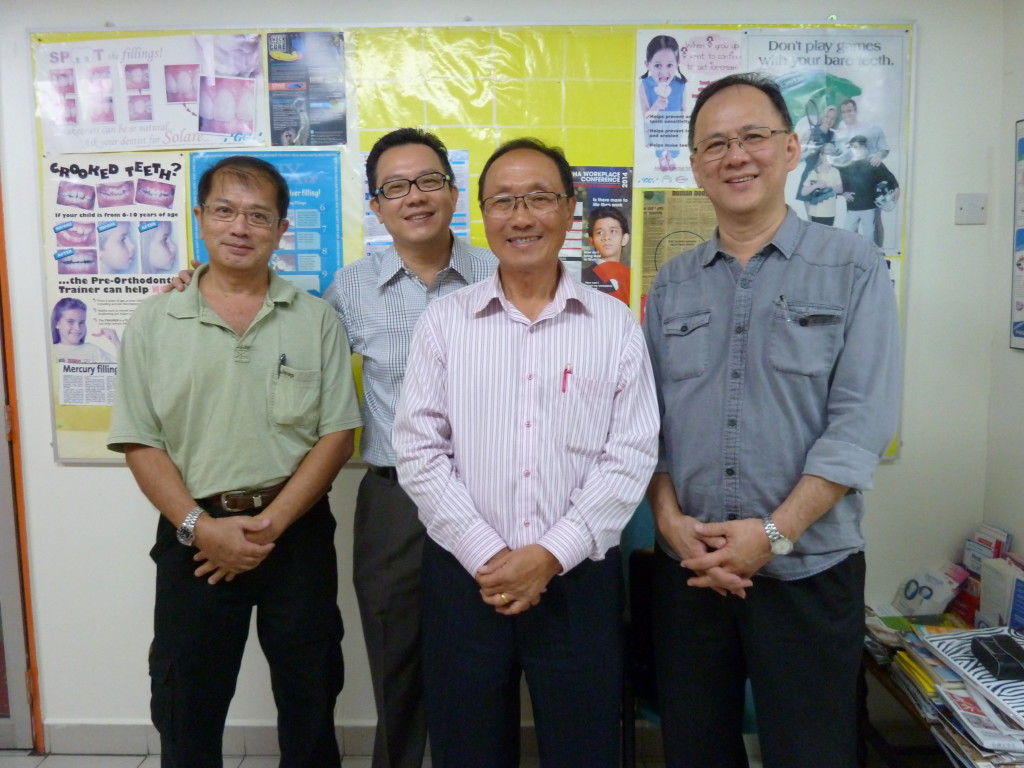 James Kui (second from right) with FGB members of Damansara Utama Chapter
