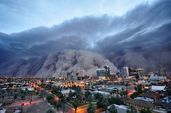 science-extreme-weather-haboob-dust-storm_47509_600x450