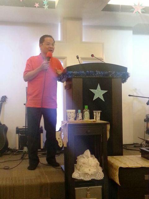 Eddy Yong sharing his testimony
