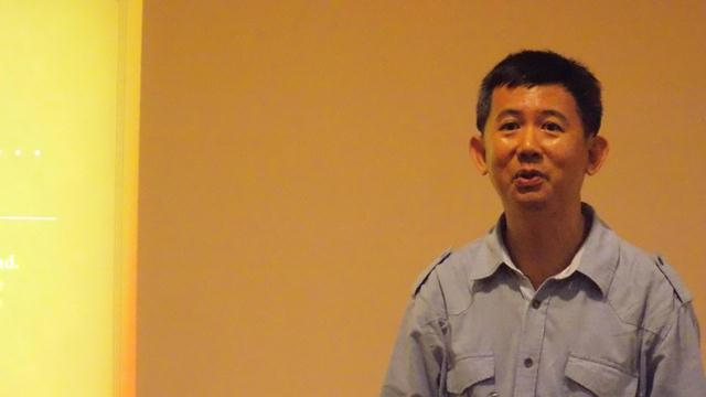 Tommy Chen sharing his testimony