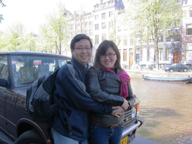 Teo Jin Mei (right) with her husband in a free trip from the Lord to Amsterdam in year 2013