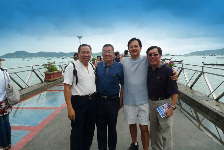 Michael Cheng (2nd from left) with his friends