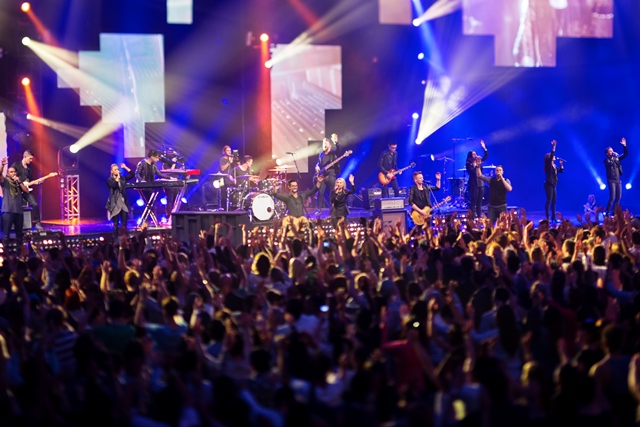 Planetshakers band and crowd in Melbourne Planetshakers Awakening