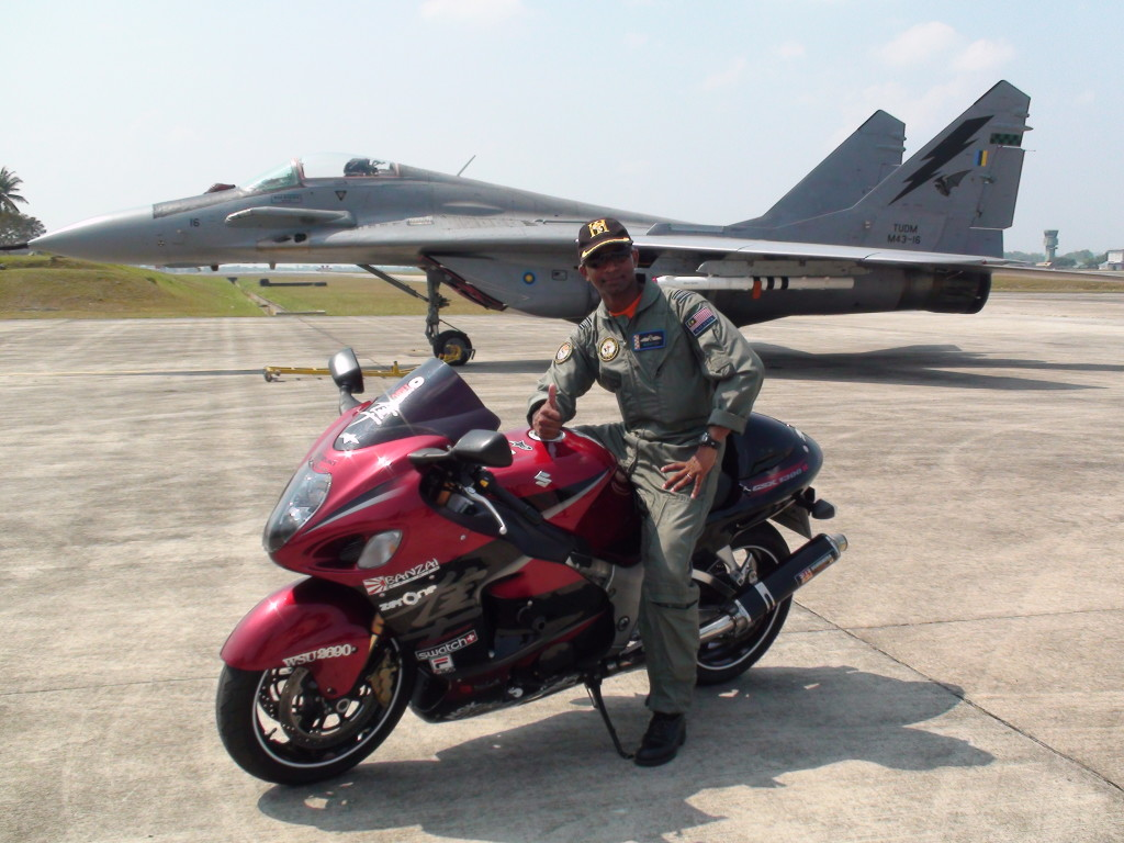 6 - Fighter Pilot_In Action
