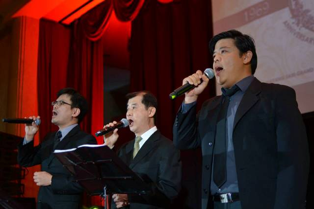 Tenors for Christ