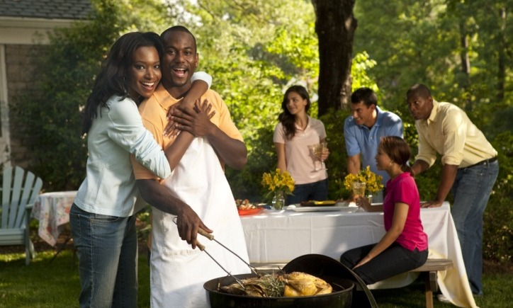 black-couple-grilling1