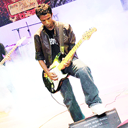 cfourj-jeshurun-leadguitar-vocalist