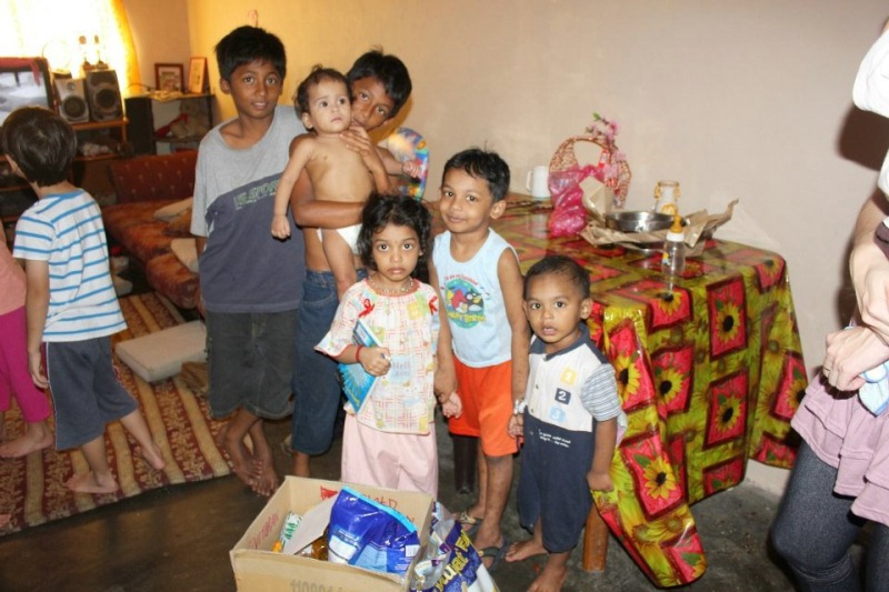 Children receiving food supplies from home visitation