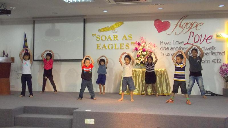 A dance performance by the children's ministry