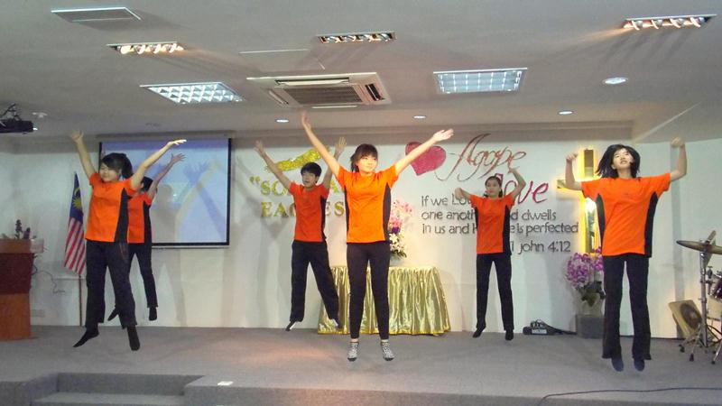 Youth Ablaze dance performance