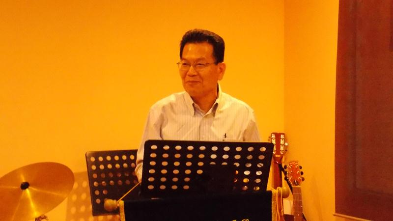 Brother Teng Luen Foong sharing the Word