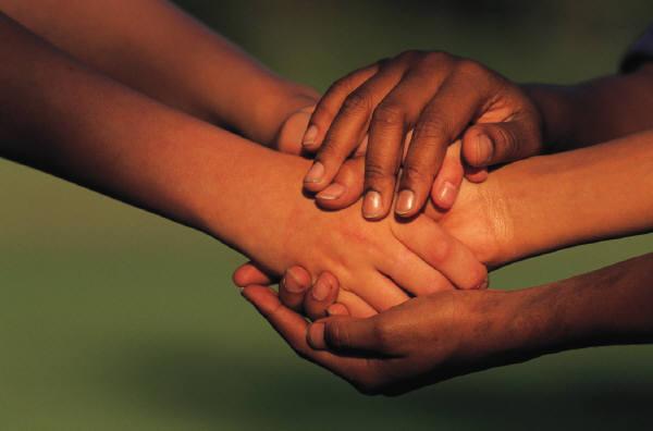 Serving_Hands