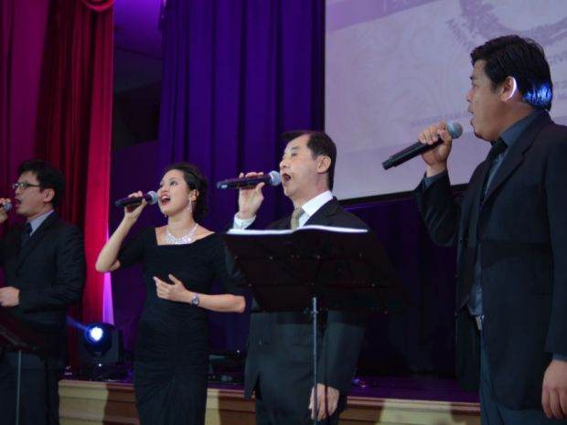 Tenors 4 Christ and Doreen | Ref: asian beacon
