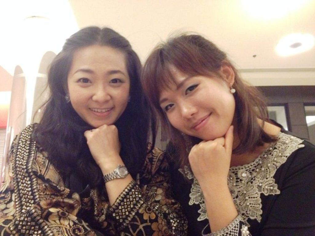 Joycelin Ooi (right) and her friend