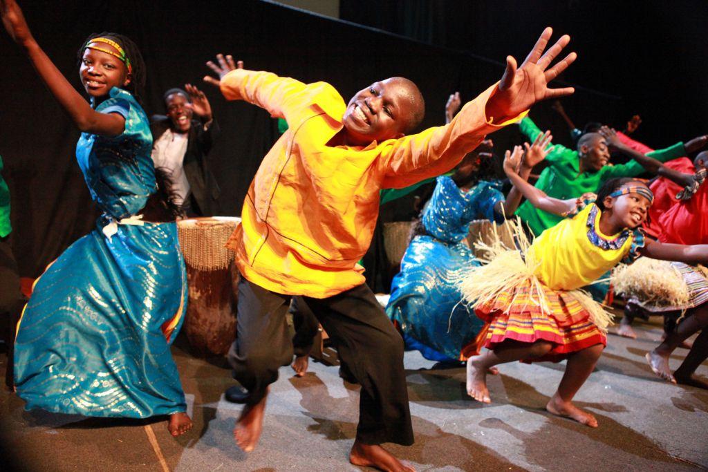 Ref: morrowchurch | http://morrowchurch.org/wp-content/uploads/2012/10/BA_Choir50_dancers.jpg