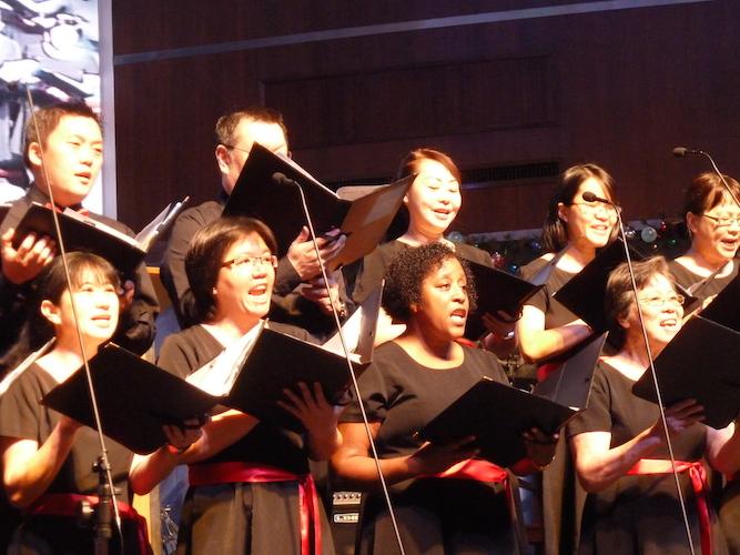 The Singing Ambassadors worshiping the Lord
