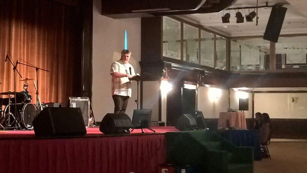 Pastor Jim Mclaughlan preaching