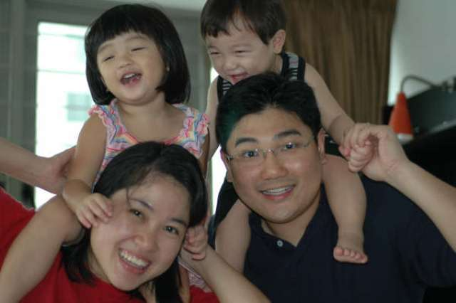 Damien and Mei Ying raising two beautiful children together