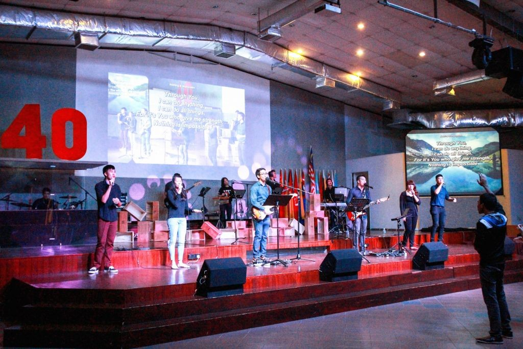 The Worship team leading the people in praise  Photo Credit: Naaman Foong
