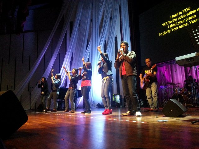 Worshippers of Breakthrough Worship Community Church, KL (Bahasa Malaysia church)